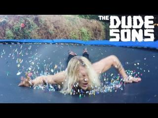 Thumb Tack Trampoline Belly Flop! - The Dudesons