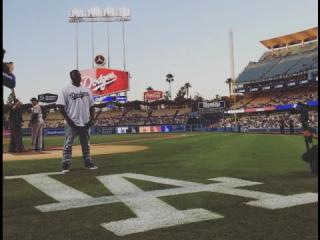 T-Pain sings National Anthem at LA Dodgers Game 8/31/15
