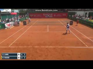 Robin Haase loses point for hindrance in hilarious fashion during the Prostejov Challenger