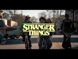 Stranger Things as an 80s sitcom
