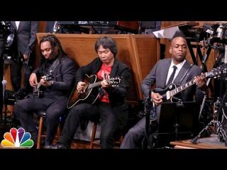 Shigeru Miyamoto and The Roots Perform ''Super Mario Bros. Theme''