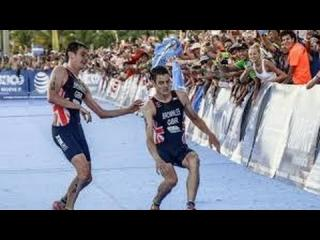 Jonny Brownlee Helped over Finish Line by Brother Alistair (VIDEO) Brownlee Brothers