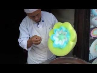 Chinese cotton candy looks like a beautiful flower